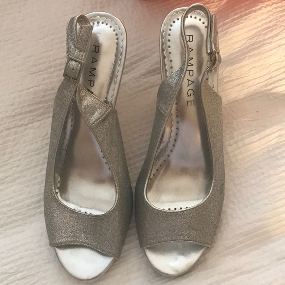 Rampage Shoes - Very comfortable silver sparkly heels - 7 1/2